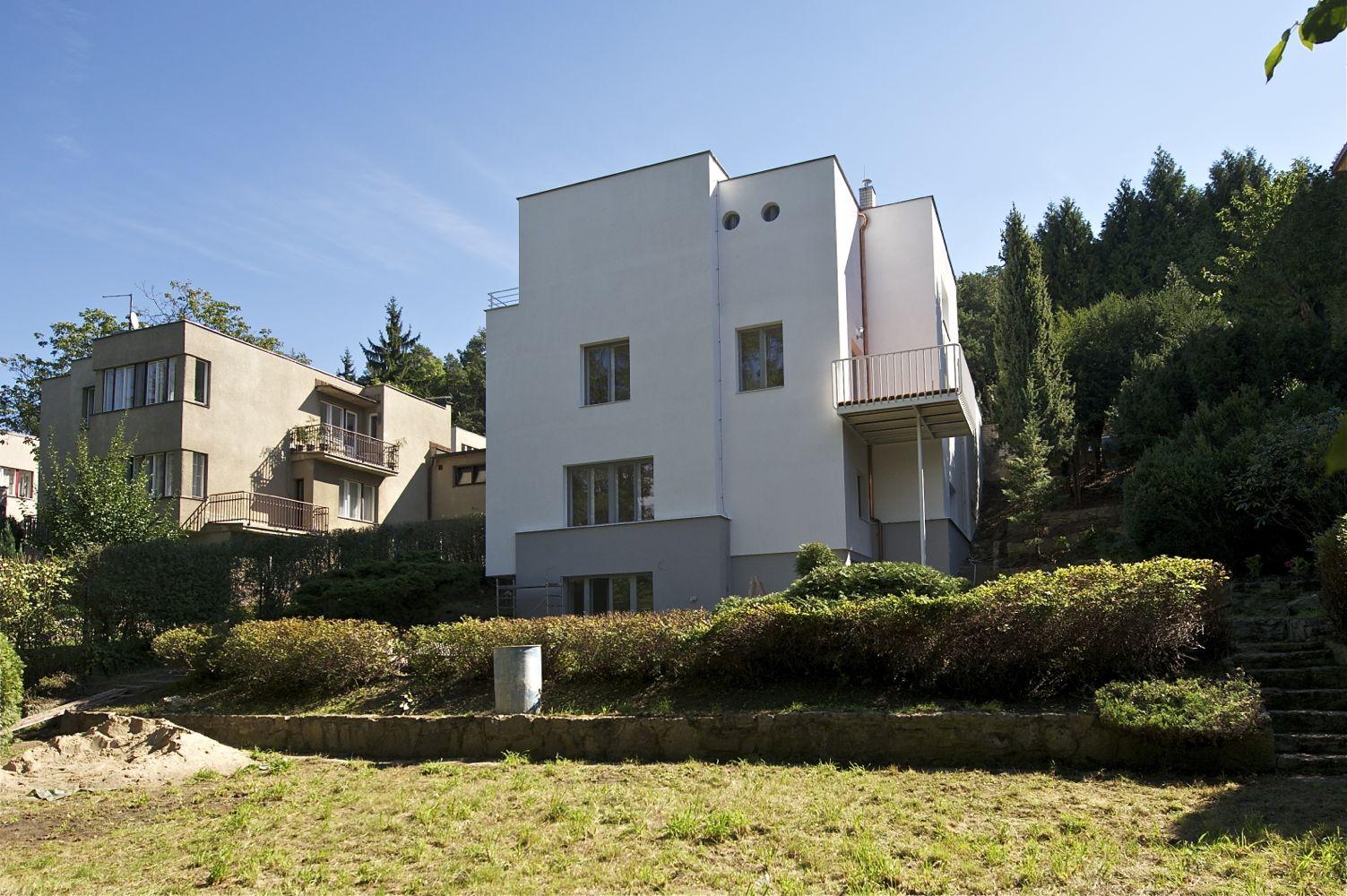 Rekonstrukce funkcionalistické vily v Hlubočepích